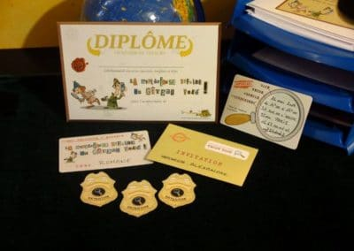 A Treasure Hunt - product detective diplomas and badges