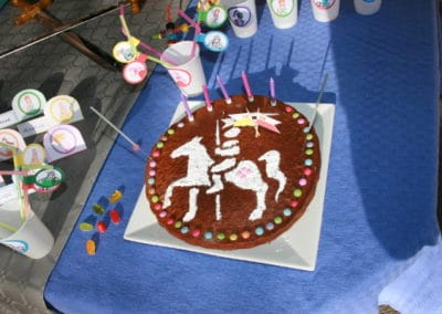 A Treasure Hunt - Princess and Knight - Cake stencil